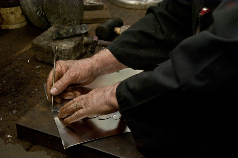 Vocaturi-arte-del-ferro-Lavorazione-della-latta1