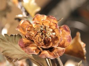 Fiore-in-ferro-sbalzato-a-mano cod162